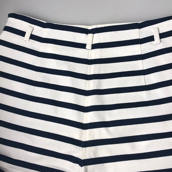 3a1dc0e1 Zara Basic Striped Shorts. M_5bfbabade944ba9b28287087